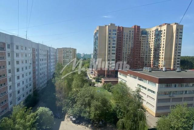 Фото -  бульвар Маршала Крылова д.3